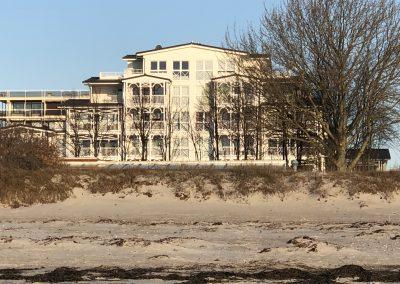 Blick vom Strand auf Ferienpenthouse
